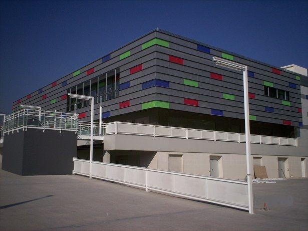 Acceso centro comercial 1