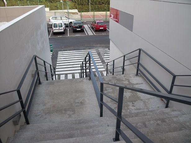 Escaleras centro comercial