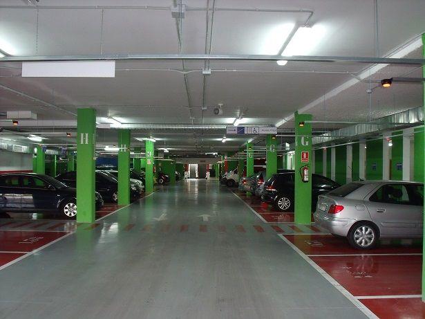 Parking centro comercial 1